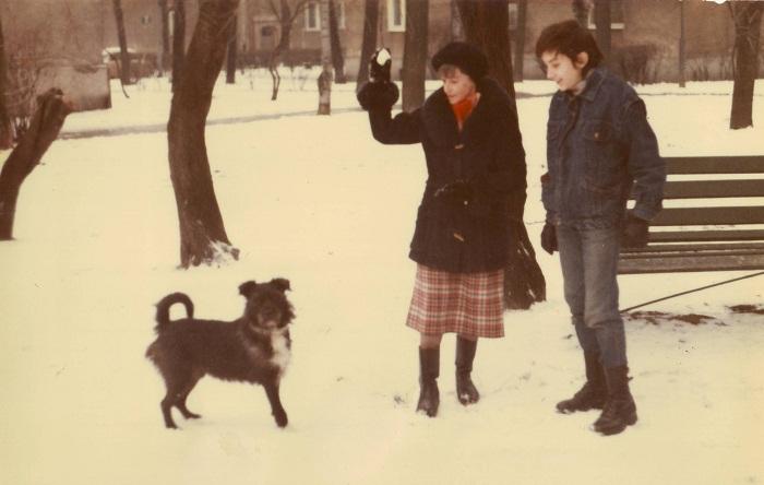 1990.12-pawel-mama-pies-karo