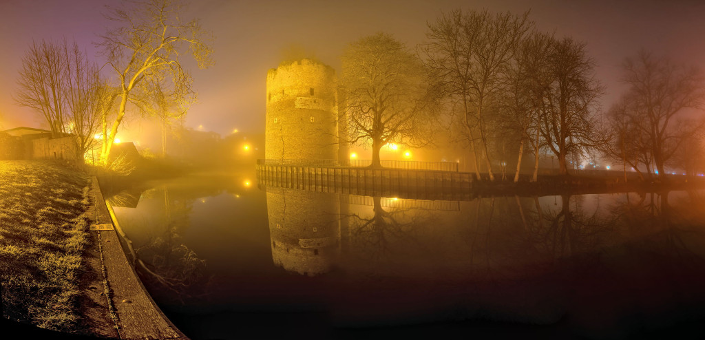 2014.01.20 - Foggy Norwich at Night - Tower